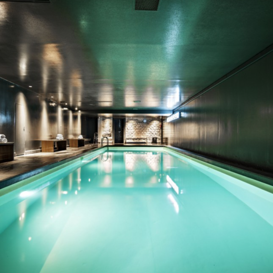 Piscine de l'hôtel Le Saint James Albany