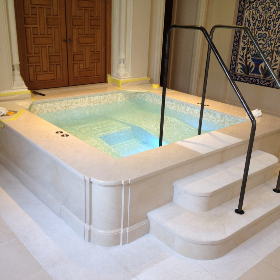Construction et finitions d'un jacuzzi