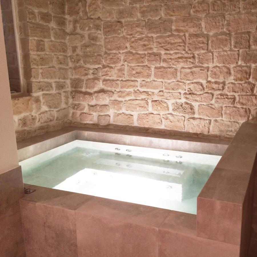 Jacuzzi_sur-mesure_cave_paris